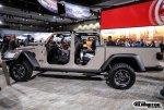 2020-Jeep-Gladiator-JT-Pickup-Truck-LA-Auto-Show-45.jpg