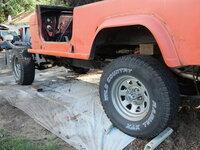 teardown - rear fender close up.JPG