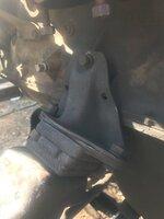 Teardown - missing bolt engine mount.JPG