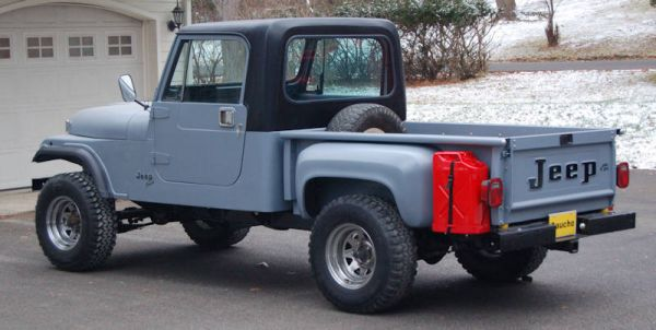 Jeep Yj With A Scrambler 1 2 Top Pirate4x4 Com 4x4 And